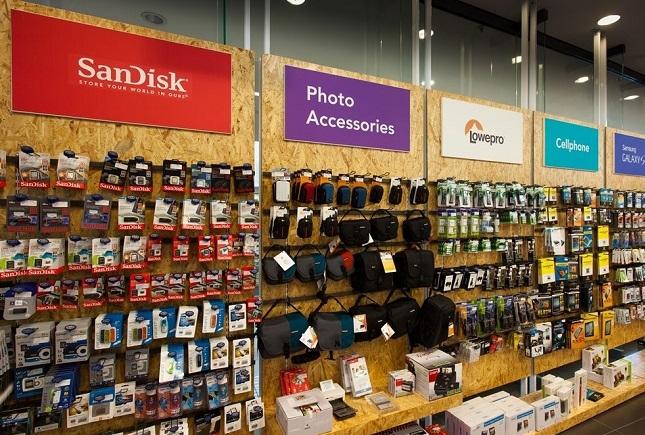 راه اندازی فروشگاه لوازم جانبی کامپیوتر و موبایل